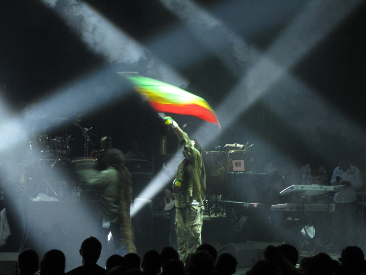 Damian Marley and Nas London 003