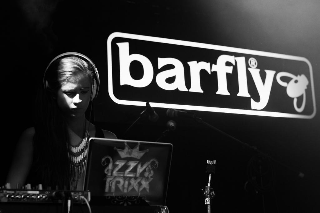 DJ Izzy Trixx plays with Phreeda Sharp at Barfly, Camden