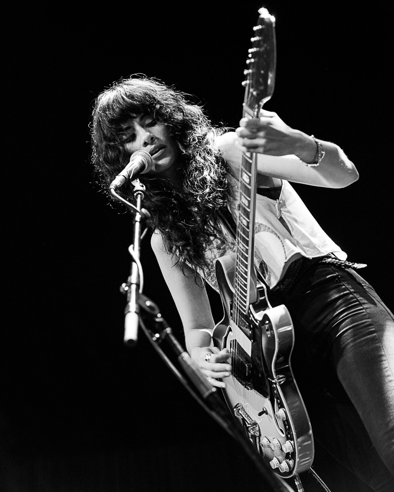 L.A. Witch at Fox Theater, by Robert Alleyne-3582